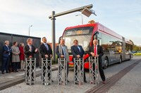 From left to right: Ard Romers (VDL Bus & Coach Nederland), Wim Runderkamp (municipality Edam-Volendam), Avi Friedman (Egged), Derk Reneman (Vervoerregio Amsterdam) & Wim Kurver (EBS)